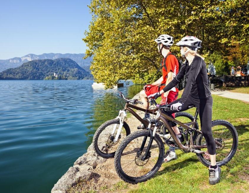 roundabout biking trip in Bled